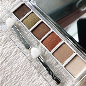Clinique aromatics in white eyeshadow